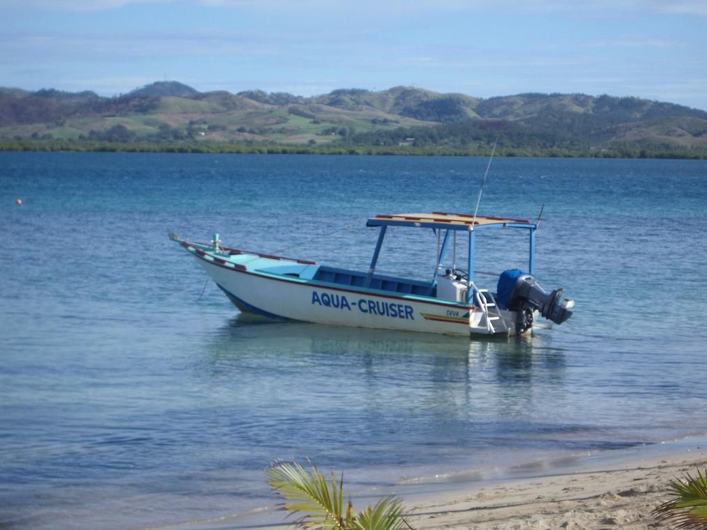 fiji_robinson_dive_boat.jpg