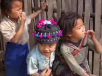 laos_langprobang_girls3.jpg