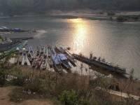laos_mungneuy_riverboats.jpg