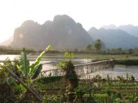 laos_vang_vieng_river5.jpg