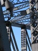 sydney_bridgeclimbpeople1.jpg